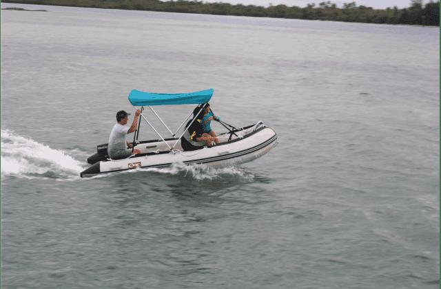 Menikmati Sunset Di Pulau Karimun Jawa Dengan Perahu