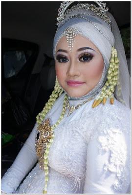 Model Hijab Pengantin Untuk Wajah Bulat
