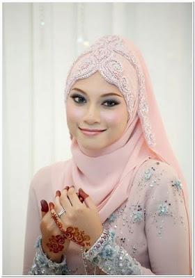 Hijab Pengantin Untuk Wajah Bulat