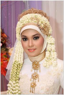 Hijab Pengantin Untuk Wajah Bulat Oval