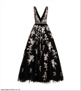Dress motif bunga kecil