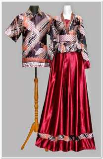 Gambar gamis batik kombinasi kain polos