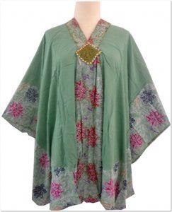 Model baju batik keren untuk wanita gemuk dan pendek