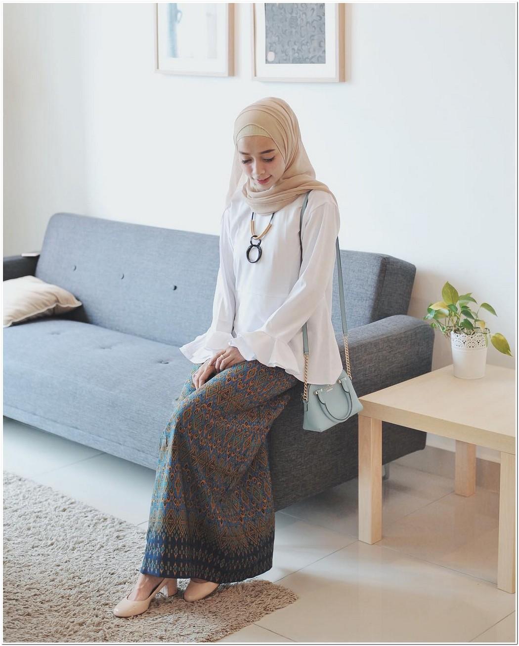Model baju kondangan hijabers cantik