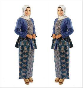 Model baju motif batik untuk wanita gemuk berjilbab