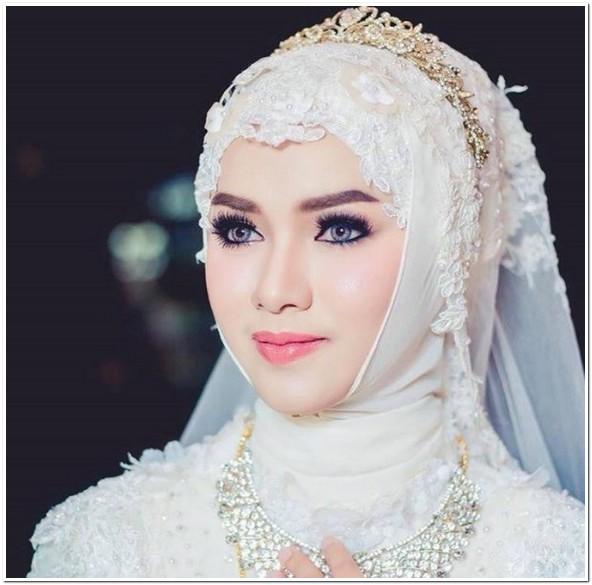 Model kerudung pengantin muslimah modern terbaru