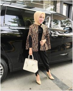 Style hijab kondangan celana