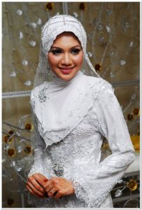 Tutorial mudah jilbab pengantin muslimah modern