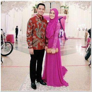 Model baju batik artis untuk pesta pernikahan