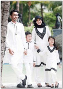 Model baju seragam keluarga untuk lebaran Warna Hitam