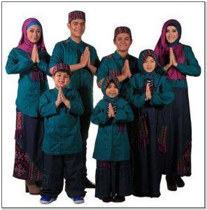 Ragam Model baju seragam keluarga utk lebaran
