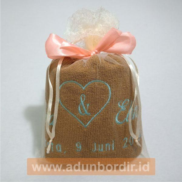 Jasa Custom Handuk Bordir Untuk Pernikahan di Jakarta
