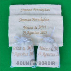 Jualn Souvenir Pernikahan Handuk Packing Tile harga Murah